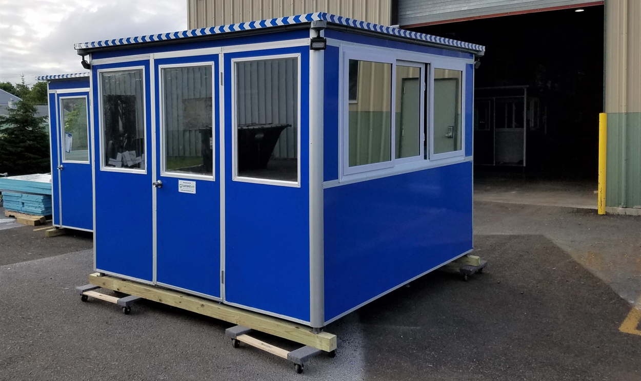 New 8x10 guard booth.