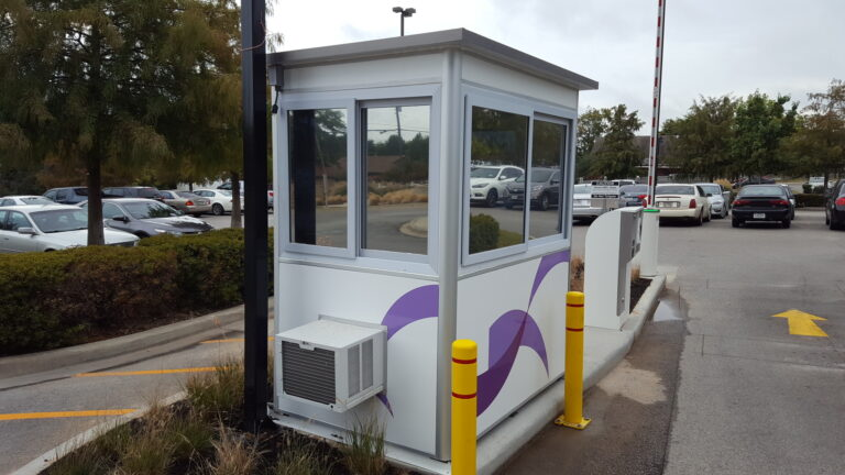 4x6 Parking Booth in Tyler, TX outside a clinic with Built-in AC ,Custom Graphics, Tinted Windows, and Custom Exterior Color (2)