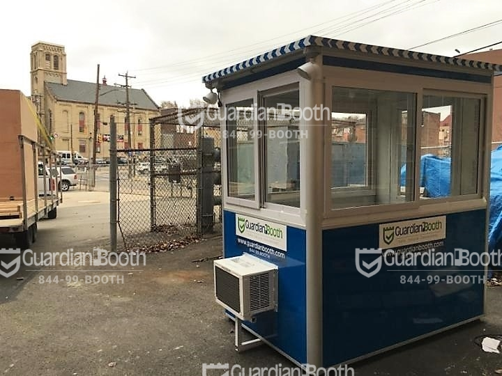 4x6 Security Guard Booth in Pittsburgh, PA on a construction site with Outside Spotlights, Built-in AC, and Breaker Panel Box