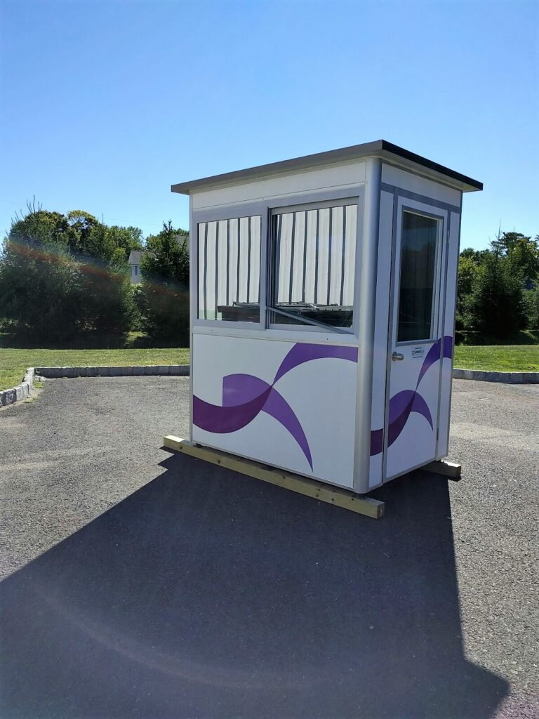 4x6 Security Guard Booth in Tyler,TX with Tinted Windows, Custom Graphics,and Anchoring Brackets