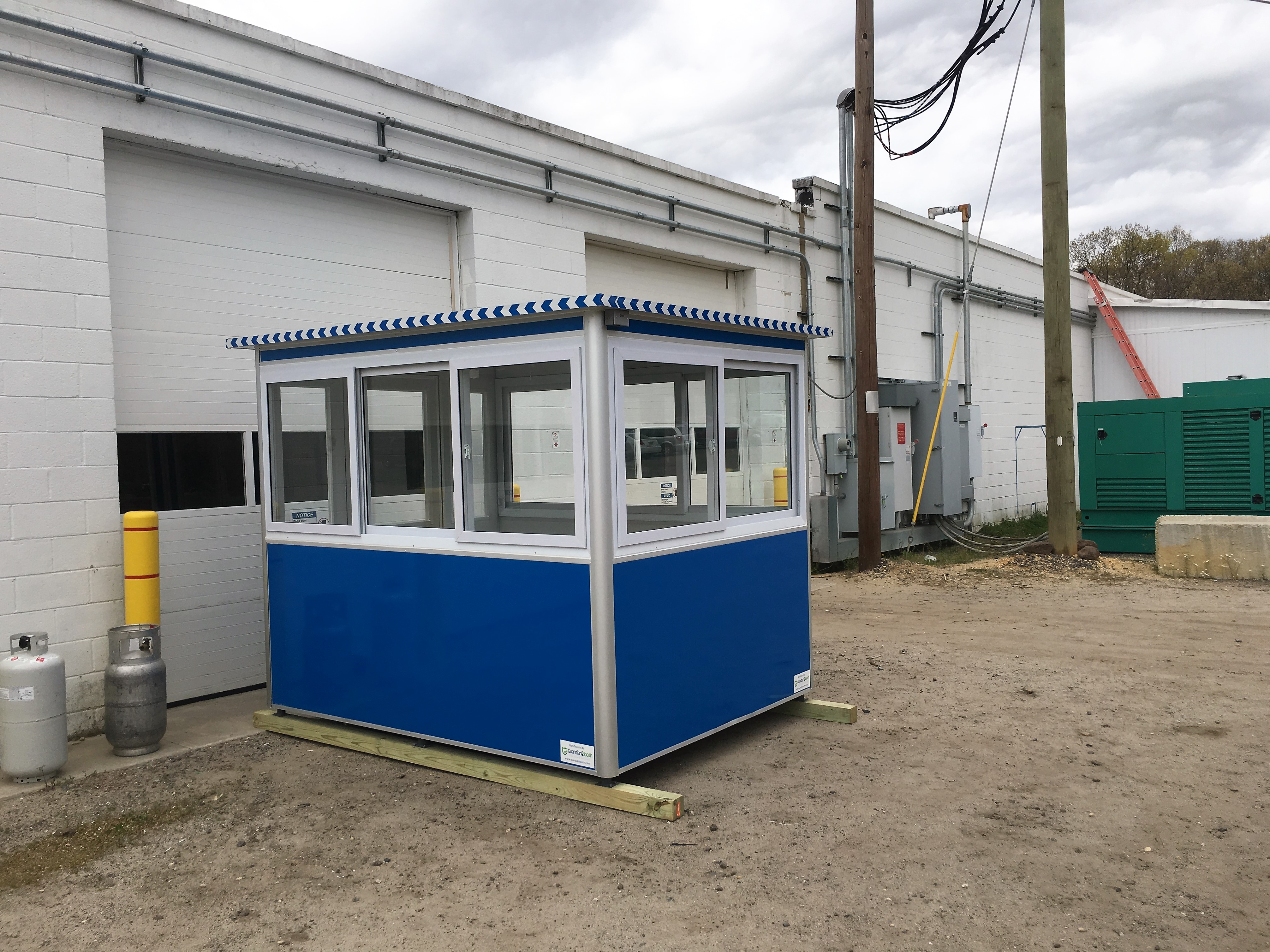 6x8 Front Entrance Booth in Newfield, NJ with Baseboard Heaters and Breaker Panel Box