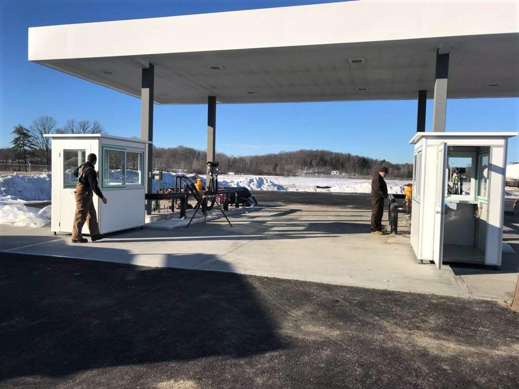 4x6 Gas Station Attendant Booth in Whitehall, NY with Custom Exterior Color, Swing Door