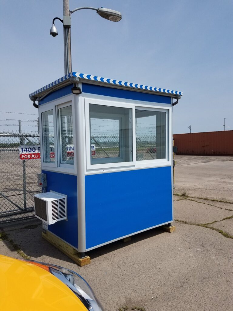 4x6 Security Guard Booth in Duluth, MN with Built-in AC, Outside Spotlights, and Electric Disconnect Switch