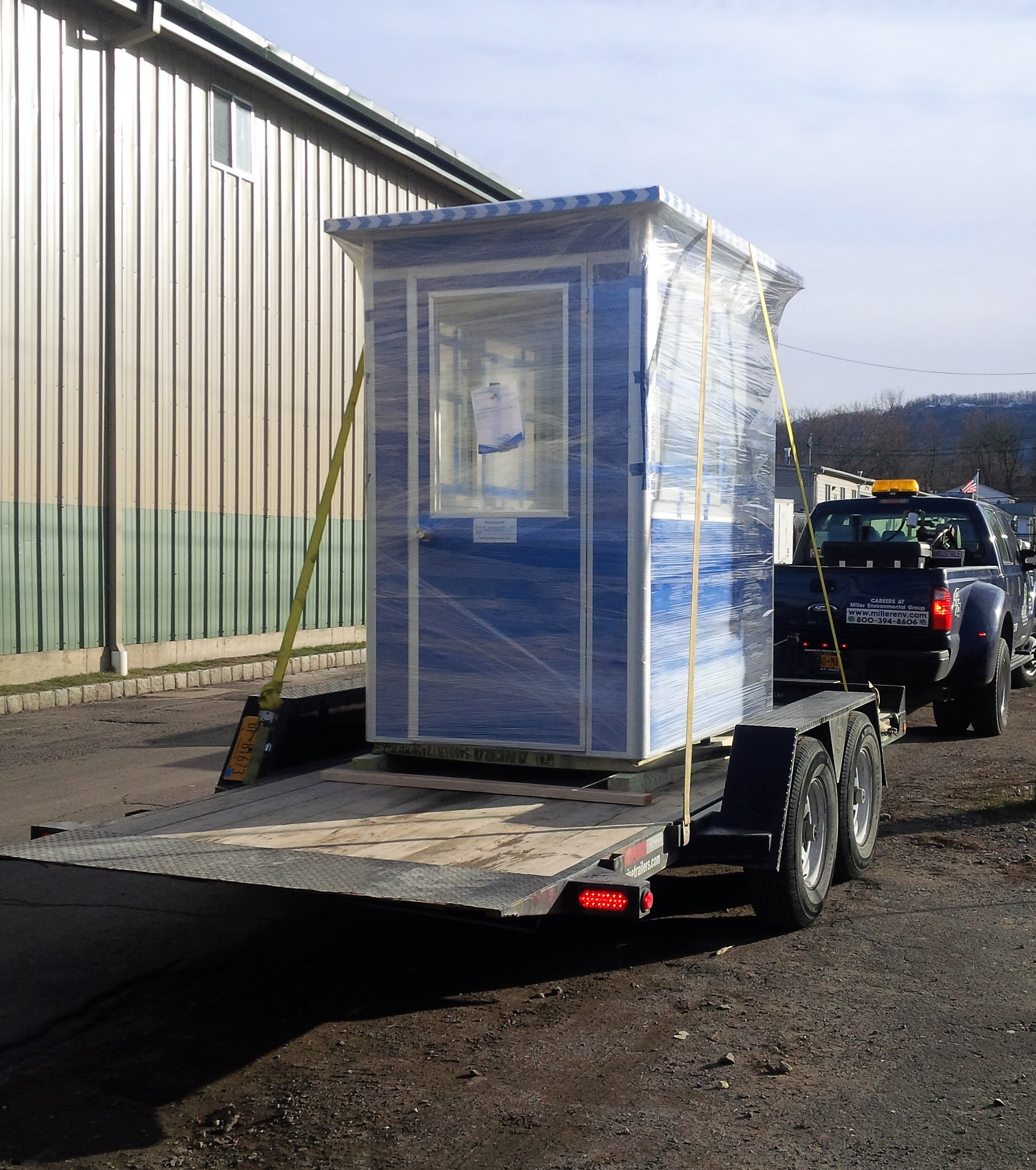 4x6 Security Guard Booth ready for Delivery in Washington, DC with Swing Door