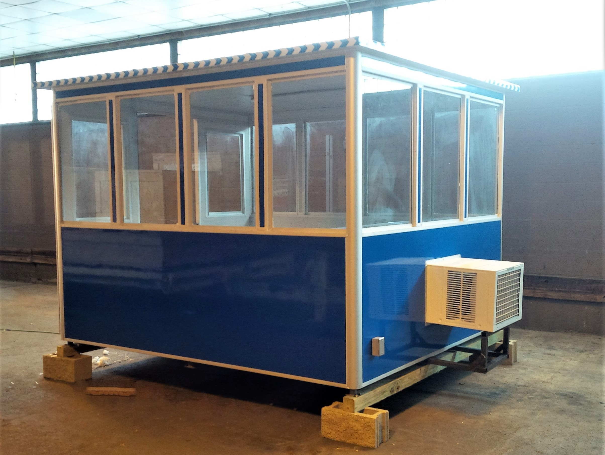 8x10 Airport Security Booth in Cincinnati, OH with Fixed Windows and AC