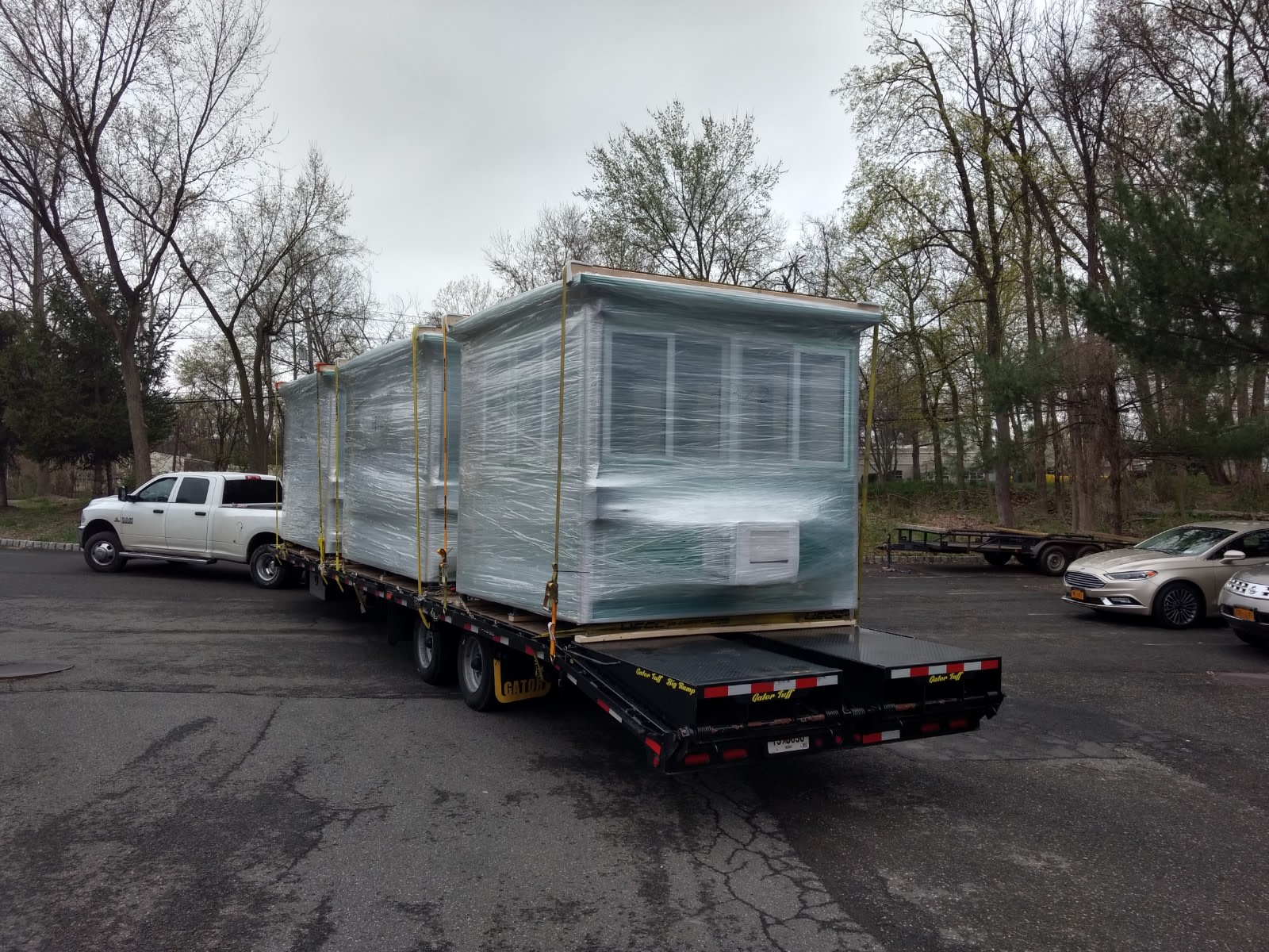 8x10 Security Guard Booths ready for Delivery in Jacksonville, FL with Custom Exterior Color
