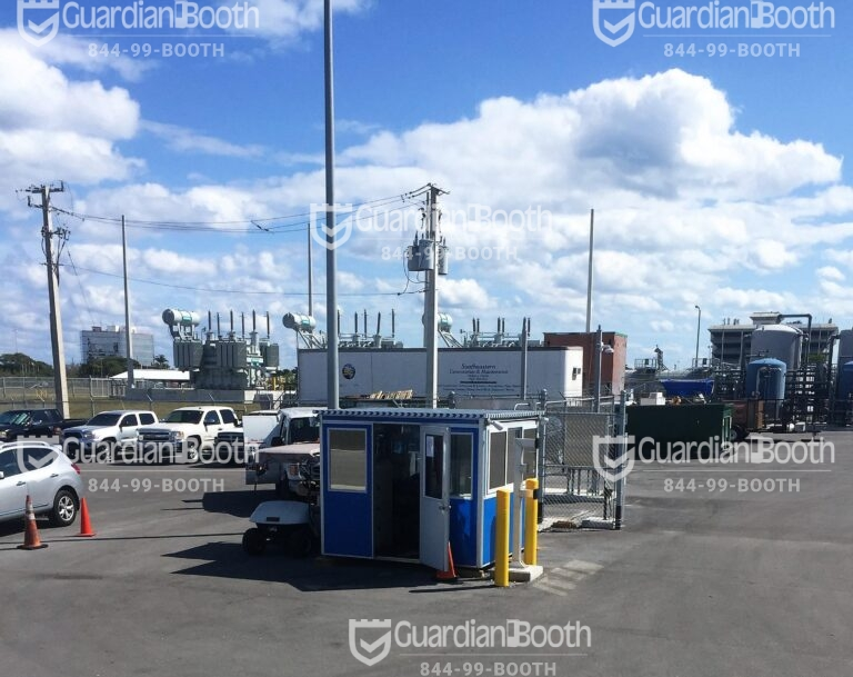 8x8 Security Guard Booth in Fort Lauderdale, FL with Tinted Windows, Outside Spotlights, Extra Desk, and Swing Door