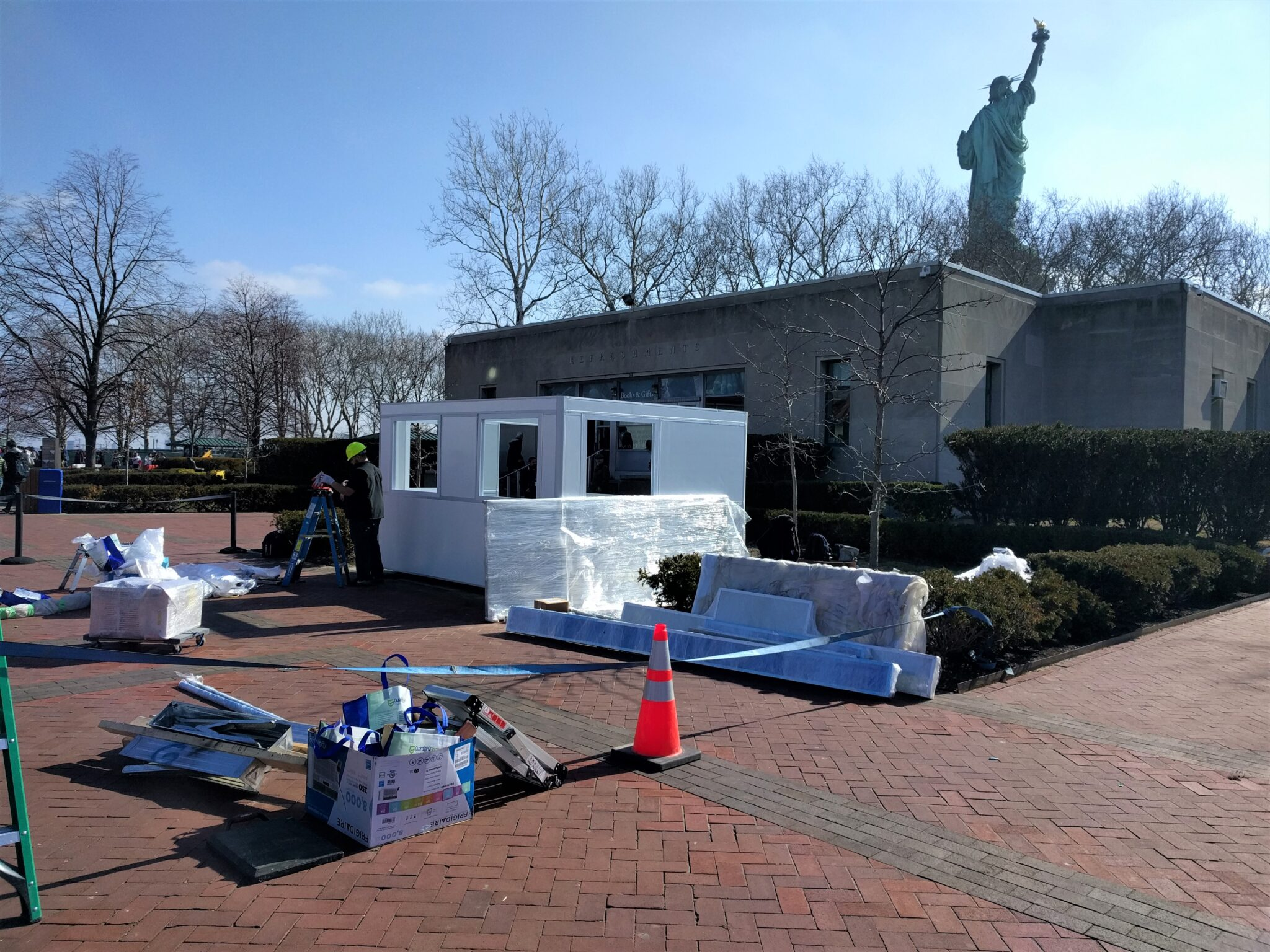Construction of 10x12 Booth in New York, NY at Statue of Liberty