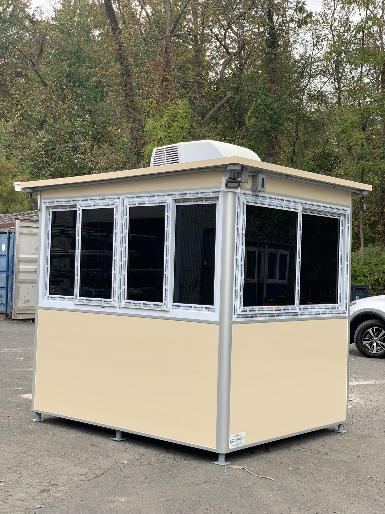 Heat and Rooftop Air Conditioner, 6x8 Entrance Guard Booth in Elizabeth, NJ