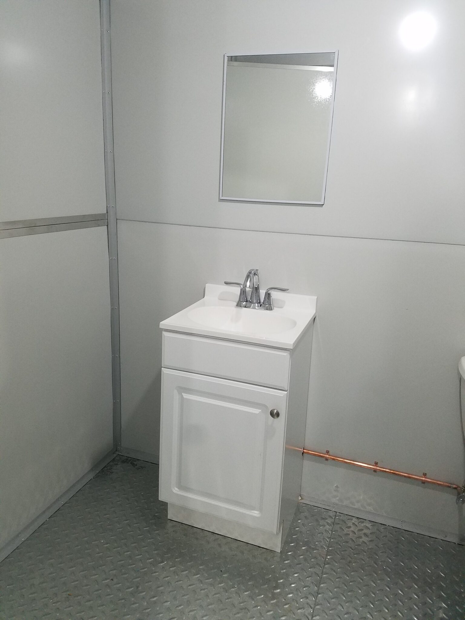Sink, 8x12 Modular Office in Newark, NJ
