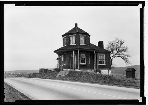 1933 TOLL HOUSE