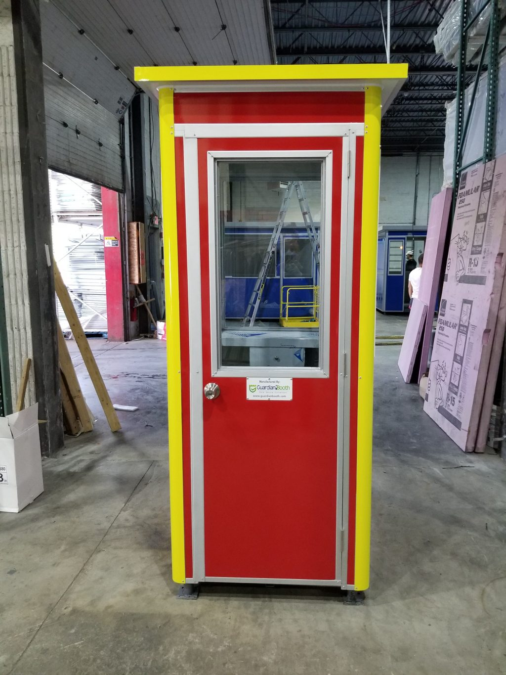 3x4 Gas Station Attendant Booth in Highland,  MI with Custom Color Wrap
